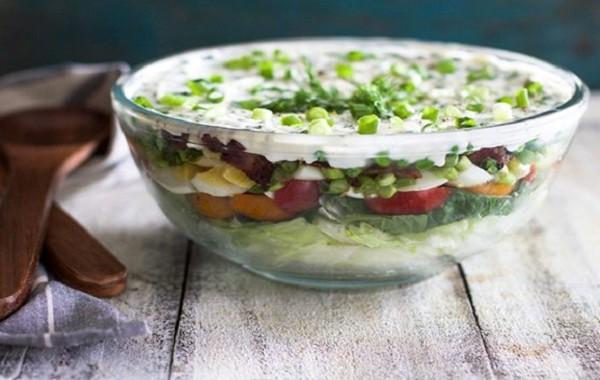 طريقة عمل سلطه طبقات سهله بالمايونيز لذيذة للعشاء