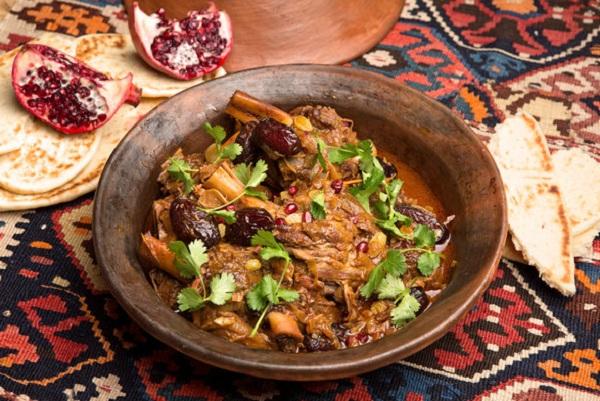 طاجين اللحم بالخضار المغربي