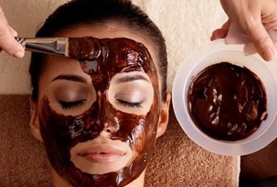 ماسك الكاكاو للبشرة الدهنية .. يستحق التجربة