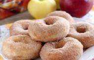 طريقة عمل دونات بالتفاح والقرفة
