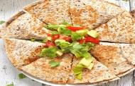 طريقة عمل سندويشات تورتيلا للفطور كويساديلا
