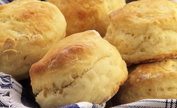 خبز حلو للفطور الصباحي