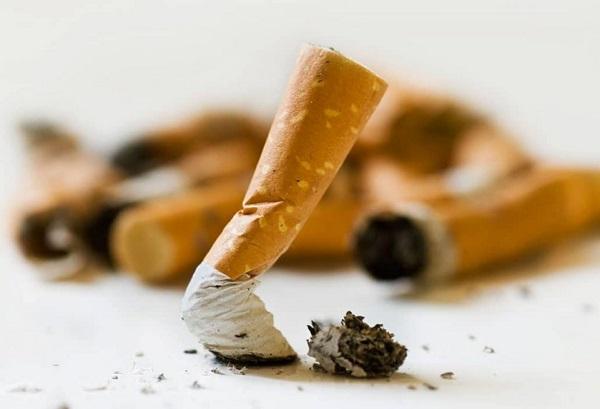اضرار التدخين على النساء