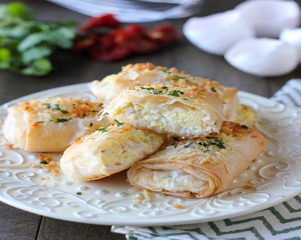 طريقة عمل سبرنج رول بالدجاج والجبن