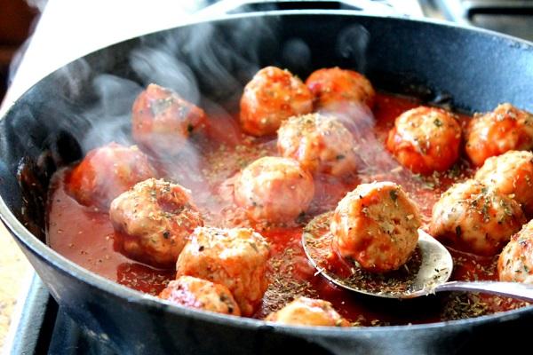 طريقة عمل شوربة الطماطم بالدجاج