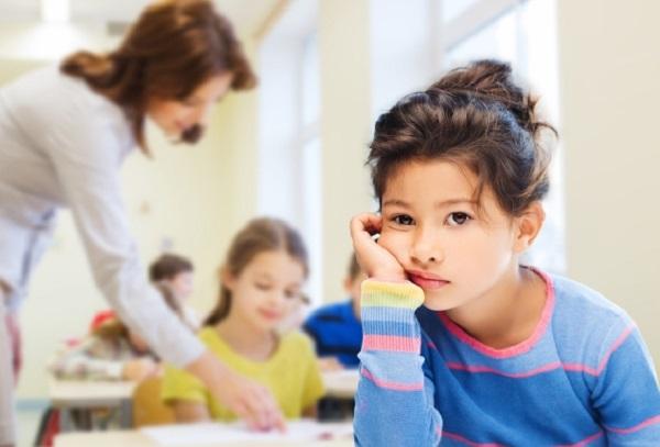 مخاطر الضغط النفسي على الطفل