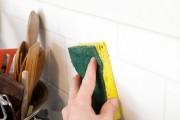 طريقة تنظيف السيراميك من الدهون في المطبخ