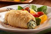 طريقة عمل دجاج محشي بالسبانخ والجبنة