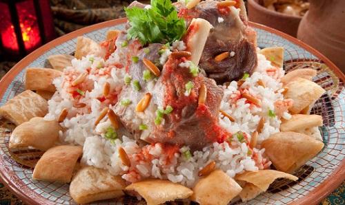 طريقة عمل فتة اللحم المصرية