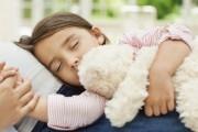 ماهي الاكلات التي تساعد على النوم للاطفال ؟