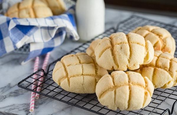 الخبز الياباني