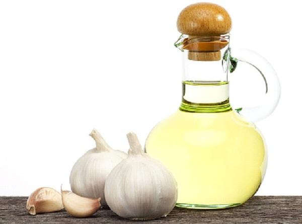 ما هي فوائد زيت الزيتون والثوم ؟