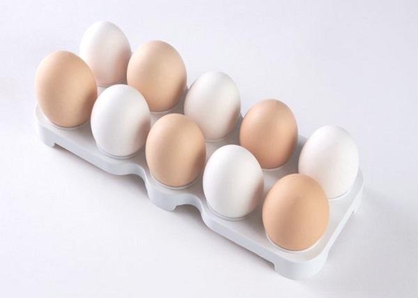 الفرق بين البيض الابيض والبني