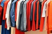 كيفية التخلص من رائحة الملابس الكريهة