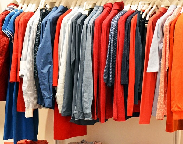 التخلص من رائحة الملابس الكريهة