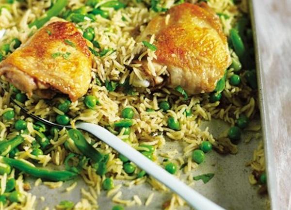 صينية الرز بالخضار والدجاج