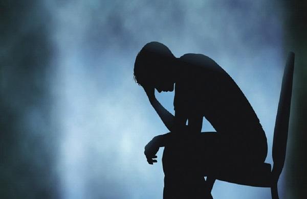 كيفية علاج الاكتئاب بدون ادوية ؟