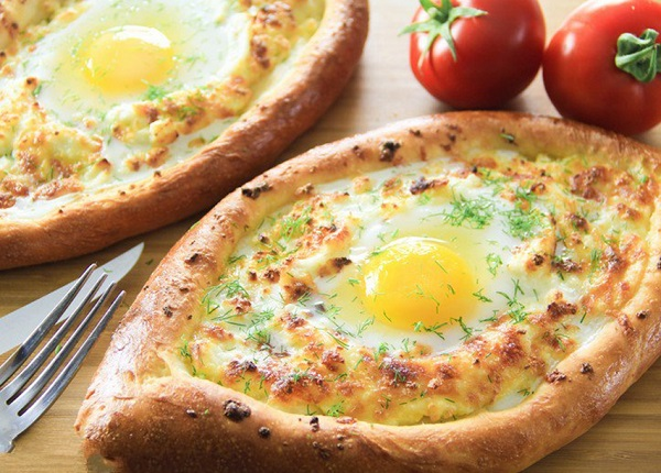 طريقة عمل فطائر البيض والجبنة
