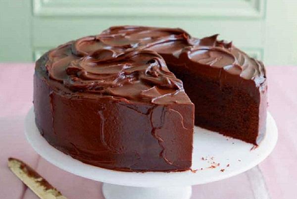 طريقة عمل كيكة النسكافيه بالشوكولاته