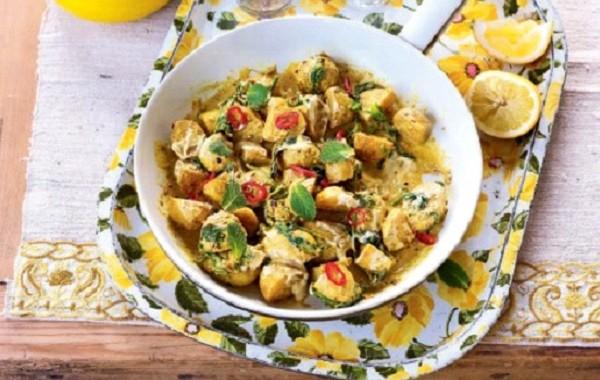 طريقة عمل مرقة البطاطا بالكاري الكريمي الهندية