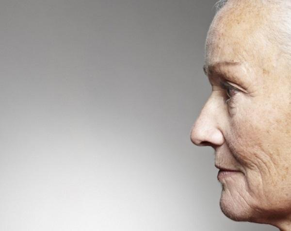 اسباب الشيخوخه المبكره وعلاجها