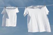 طريقة تنظيف الملابس البيضاء من البقع الصفراء