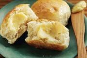 طريقة عمل خبز الزبدة بالعسل