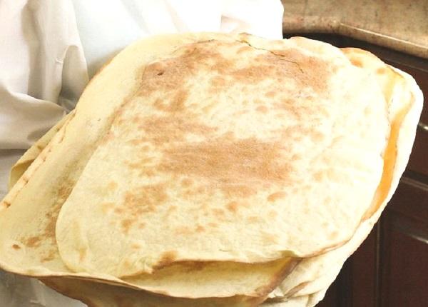 خبز اللافاش التركي