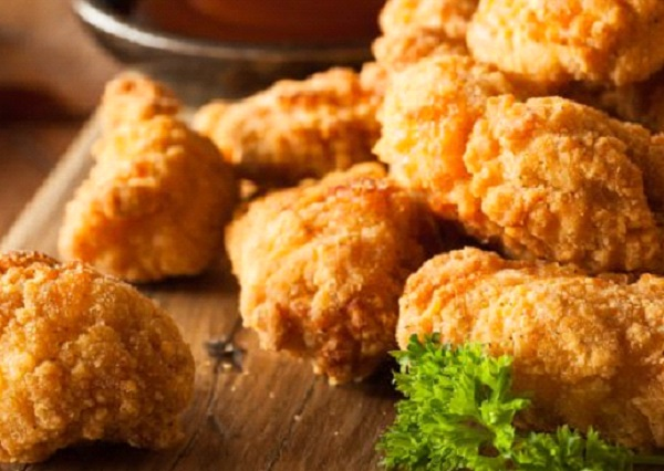 طريقه عمل كرات الدجاج بالبقسماط