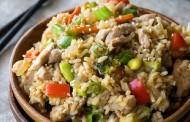 طريقة عمل ارز بالخضار وصدور الدجاج