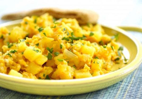 البطاطس المقلية بالبيض