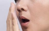 ما هي اسباب رائحة الفم الكريهة وعلاجها ؟