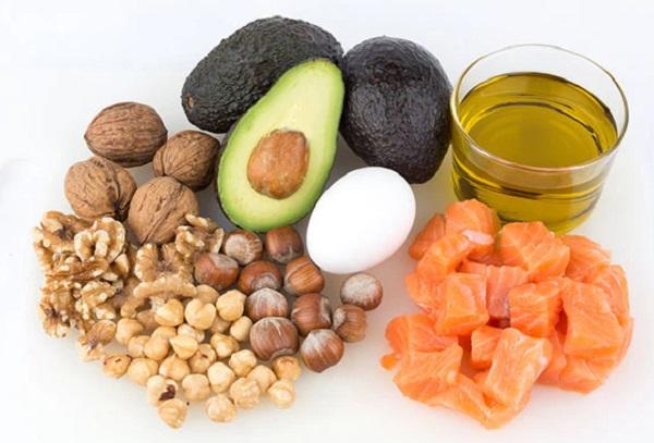 الاطعمة المفيدة للبشرة الجافة