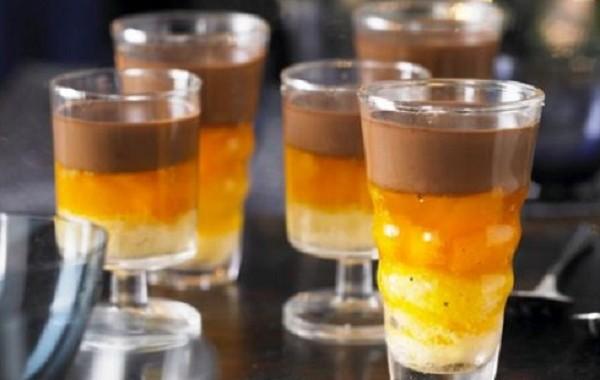 طريقة عمل حلى الكاسترد بالشوكولاته و البرتقال