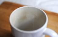 ما هي طريقة تنظيف اكواب الشاي ؟