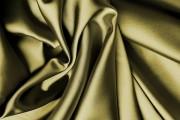 كيفية ازالة بقع الزيت من الملابس الحرير