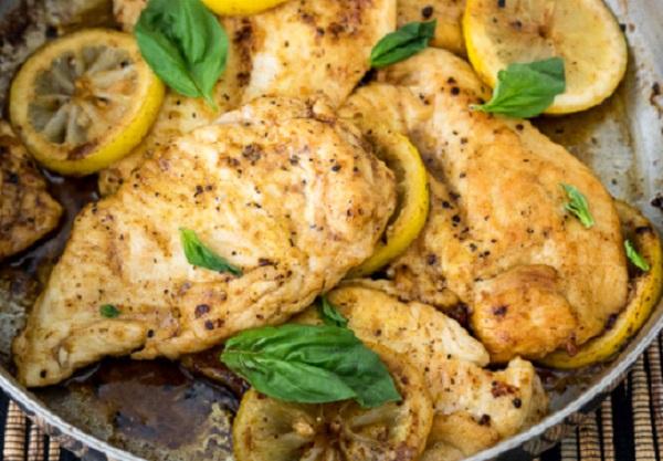 صدور الدجاج بالزبده والليمون