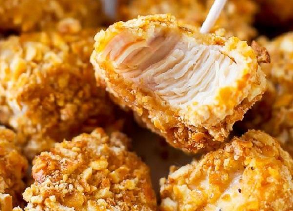 دجاج مقرمش بالفرن بفتات البسكويت