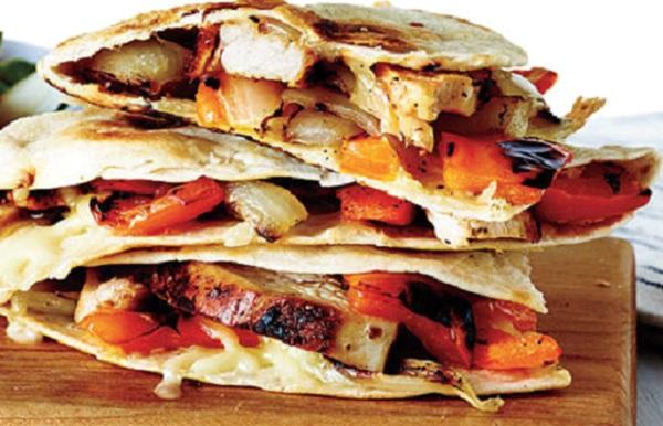 طريقة عمل ساندوتش تورتيلا بالدجاج