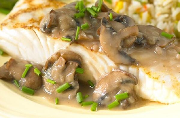 سمك الهلبوت بصلصة الفطر