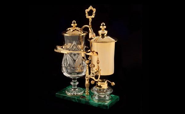 اغلى ماكينة قهوة مصنوعة من الذهب