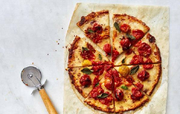بيتزا القرنبيط بدون دقيق