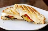 طريقة عمل ساندوتش الباذنجان المشوي