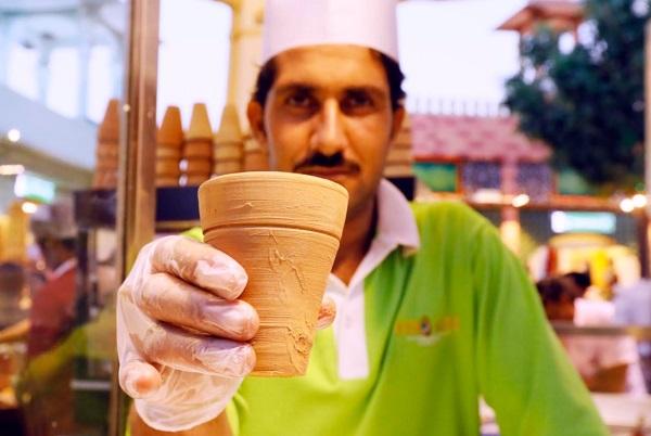 شاي كرك في القريه العالميه افضل شاي كرك في دبي