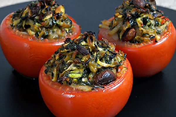 طماطم محشيه بالخضار