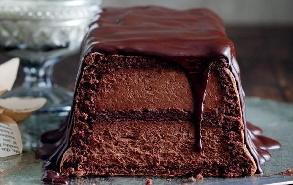 طريقة عمل كيك موس الشوكولاته بثلاث طبقات
