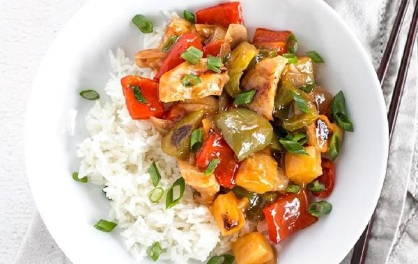 طريقة عمل دجاج صيني حامض حلو بالاناناس