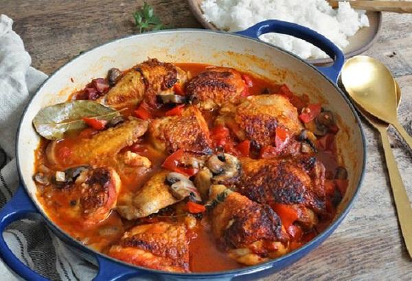 دجاج بالفرن على الطريقة الفرنسية