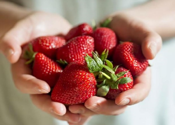 ما هي فوائد الفراولة للرجيم