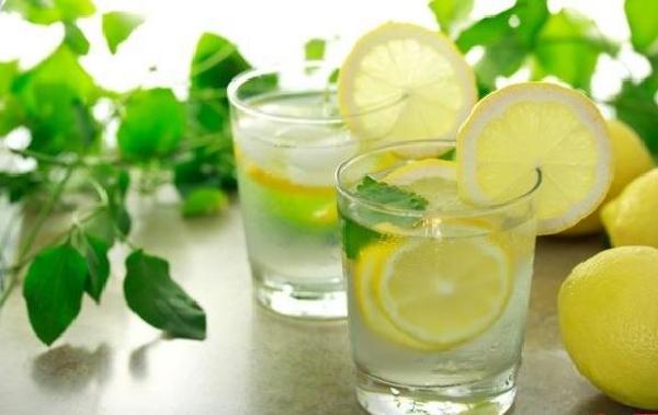 رجيم الليمون والماء الدافئ